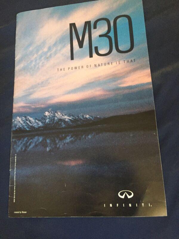 2000 Nissan Infinity M30 Skyline Q45 USA Market Brochure Catalog Prospekt