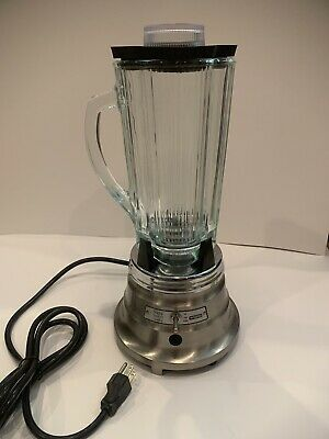 Waring 2 Speed Commercial Chrome Blender 60th Anniversary 51bl29 Glass R600gbs
