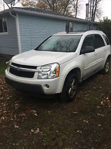 2005 white Chevy Equinox, selling as is for part/mechanic fix