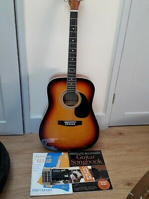 Chantry Model 3369 Acoustic Guitar acoustic With books and padded case