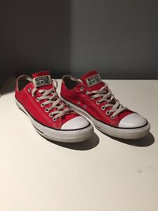 Converse low top chucks size 9 red