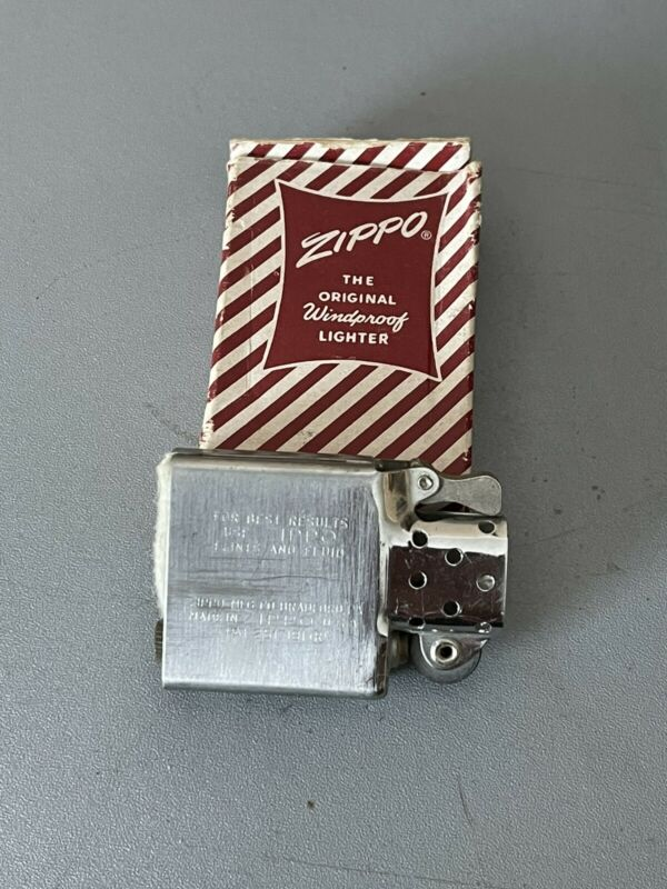 1958 ZIPPO STEEL INSERT IN ORIGINAL CANDY STRIPE BOX NEVER USED NOS 🔥 L72