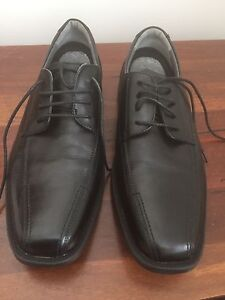 New Julius Marlow leather dress shoes