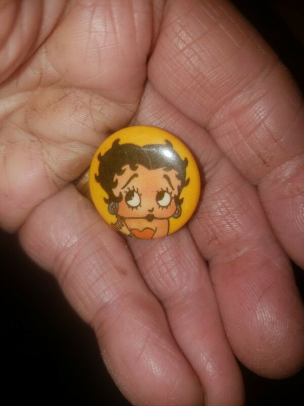 Vintage Betty Boop Pin Back Button In Color