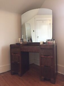 6-Drawer Dressing Table w/Chair