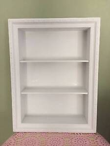 Girls bedroom hanging display case white with detail brand new East Victoria Park Victoria Park Area Preview