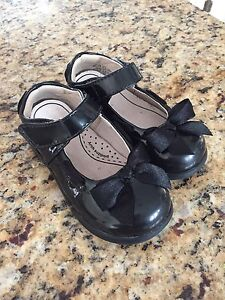 Pediped Flex size 23 (toddler size 7) Mary Jane shoes