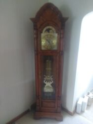 7' Sligh Grandfather Clock, Moon Phase, Oak Wood, Model #0891-1-AB, Made In USA