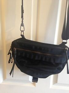 Lululemon Go Lightly Bag Black