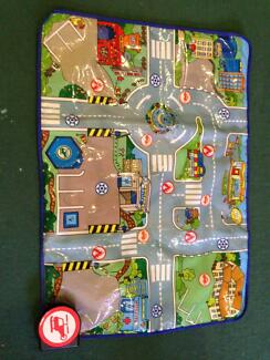 Cars play mat with working sounds