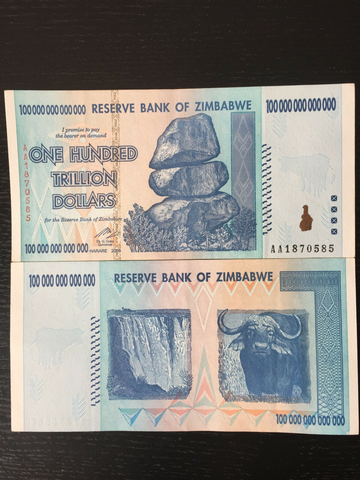 1 x Zimbabwe 100 Trillion Dollars, Uncirculated ,100 Trillion Series AA/2008