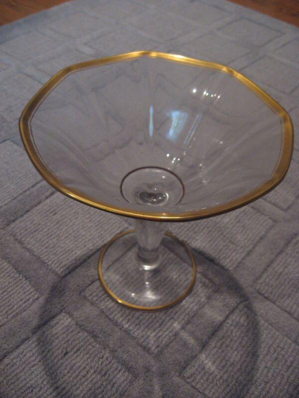 VINTAGE ANTIQUE PEDESTAL GOLD-RIM GLASS FRUIT COMPOTE CANDY CENTERPIECE BOWL
