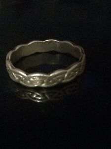 Women's Silver Celtic Band