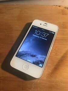 iPhone 4S 16GB White Unlocked Hampton Park Casey Area Preview