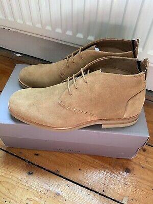 Hudson Beige Suede Chukka Boots Size 7
