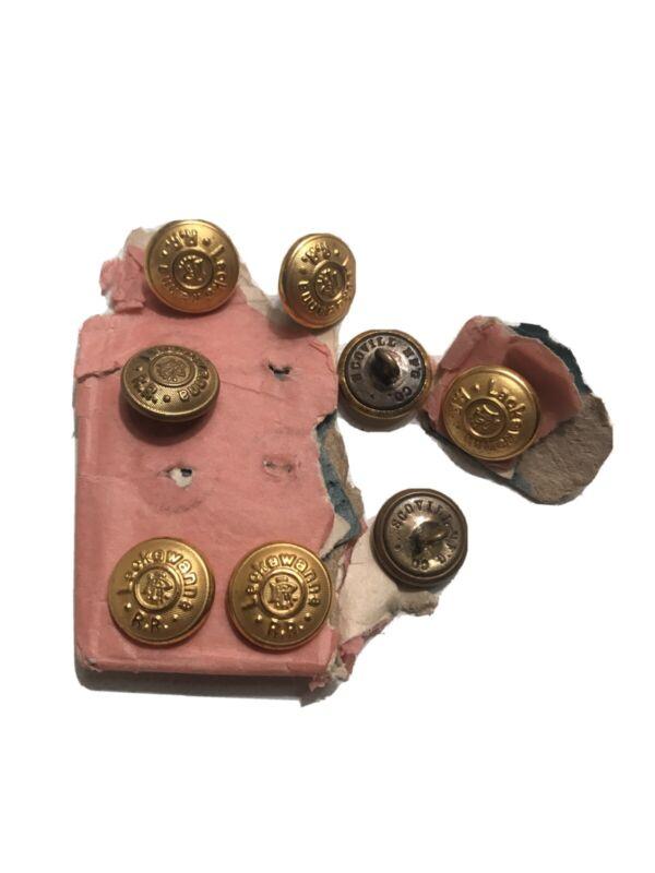 Delaware Lackawanna & Western Railroad Brass Uniform Buttons. (8)