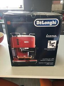 Delonghi icona coffee machine red Cranbourne East Casey Area Preview