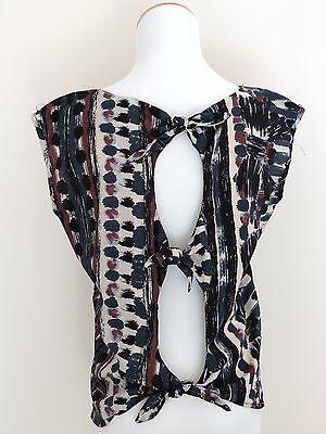 Womens Von Maur Wallpapher Dressy Shirt Top Size Small