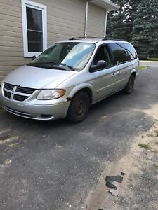 Grand caravan 2005 pour pieces