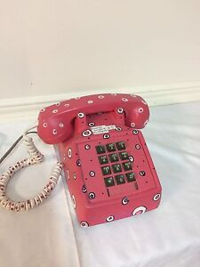 An example of Hippie Era Telephone