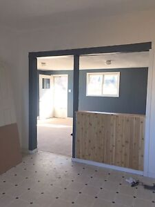 2 bedroom house in black diamond with garage
