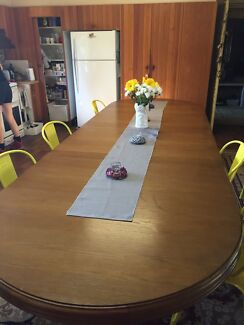 Amazing Oak Dining Table Carlingford The Hills District Preview