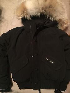 Youth canada goose Rundle bomber.