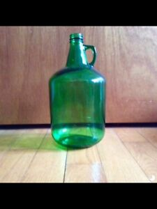 Gallon glass jug gallo wines vintage