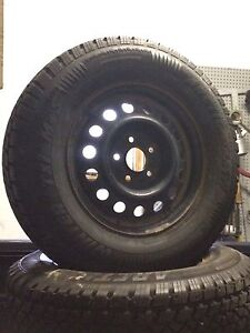 Arctic Claw snow tires 215/75R15