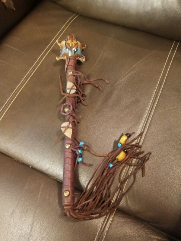 **AWESOME VINTAGE NATIVE AMERICAN HAND MADE  SHAMAN  RATTLE GREAT SOUND SUPER!**