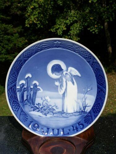 Royal Copenhagen Denmark Christmas Collectors Plates: Choose Year 1912-1998 Mint