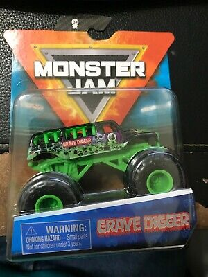 2020 Hot Wheels Monster Jam - Series 10 - Grave Digger Ride Truck - Super Chase