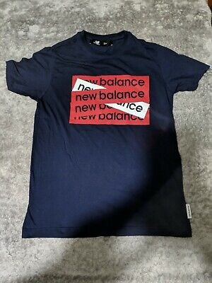 New balance T-Shirt Size Medium Mens