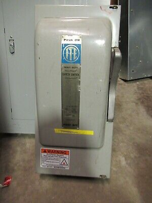 Ite Imperial Sn324 200 Amp 240 Volt 1 Phase 3 Wire Fusible Disconnect