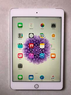 Apple iPad Mini 4 32GB Cellular and Wi-Fi, Silver, like new