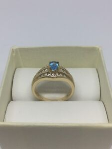14 kt Gold Ring With Diamond London blue topaz