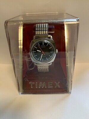 Mens Vintage NOS Timex Electric Dynabeat Watch Box Papers And Tags - Runs