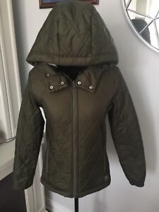 ARITZIA TNA Roswell Army Green Parka Sherpa lined Size XS