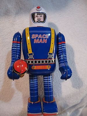 SPACE MAN ROBOT, Tin Lithograph, Key-Wind, MINT in MINT Box, A Must Have!