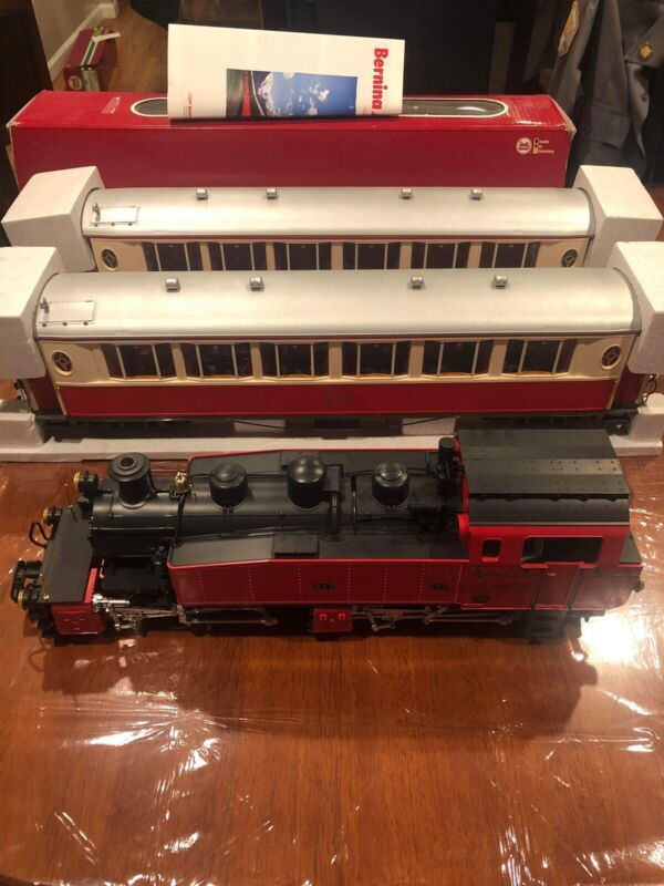 Lgb Red Mallet 24852 And Two Red Rhb Salon Cars 30650