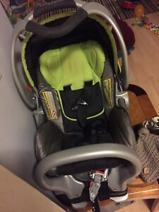 Baby Trend Car seat with 2 bases!!
