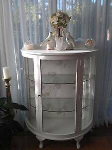 Antique China Cabinet.. Campbelltown Campbelltown Area Preview