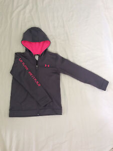 Youth large underarmour hoodie