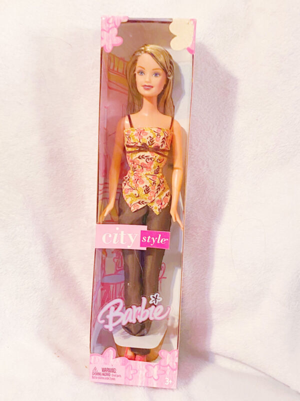Mattel City Style Barbie Doll No.G8568 NEW In Box
