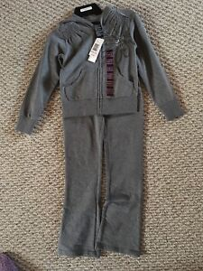 Girls track suit size 7/8