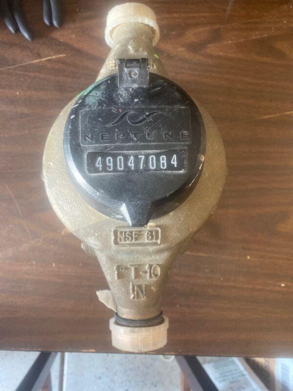 "Neptune 1"" T-10  Direct Read Water Meter NSF61"