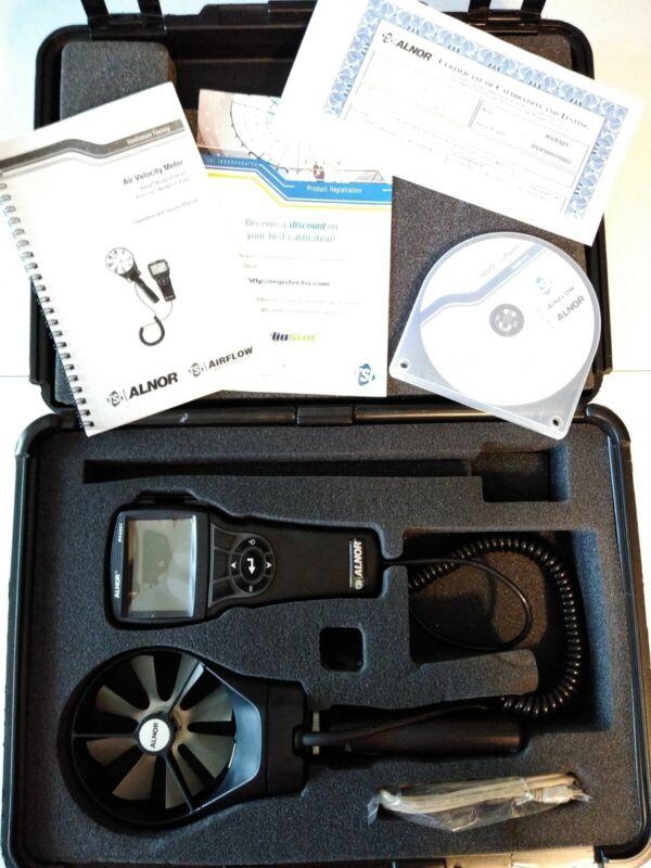 TSI Model RVA501/LCA501 handheld digital Rotating Vane Anemometer