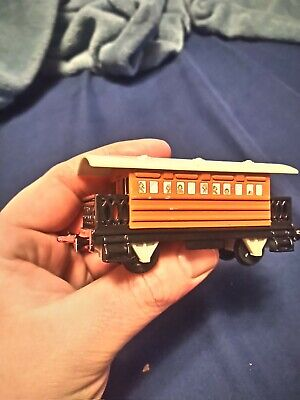"ERTL Vintage Thomas The Tank Engine & Friends ""Henrietta"" coach 1992 diecast toy"