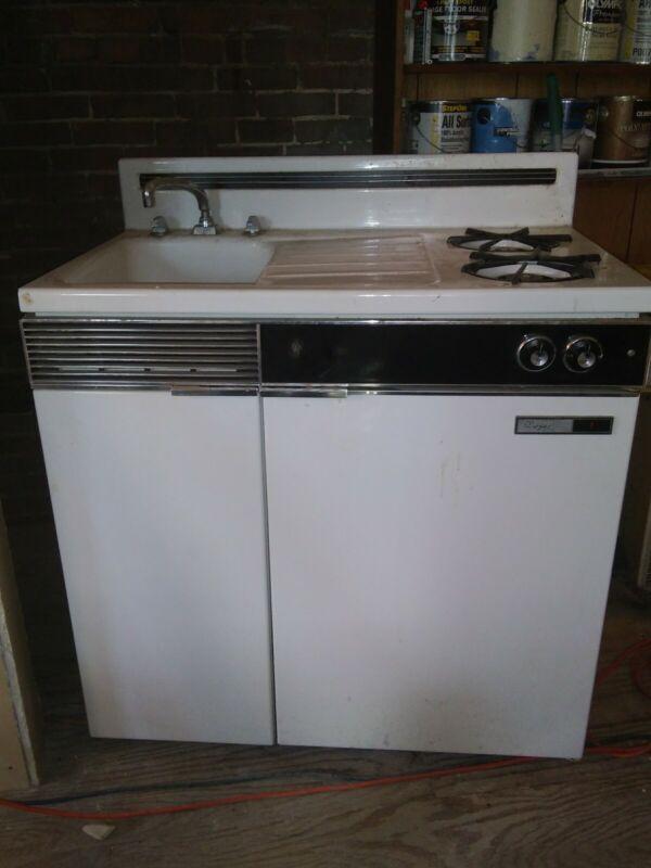 Dwyer Vintage kitchenette cook gas Stove, Sink, refrigerator cabinet porcelain