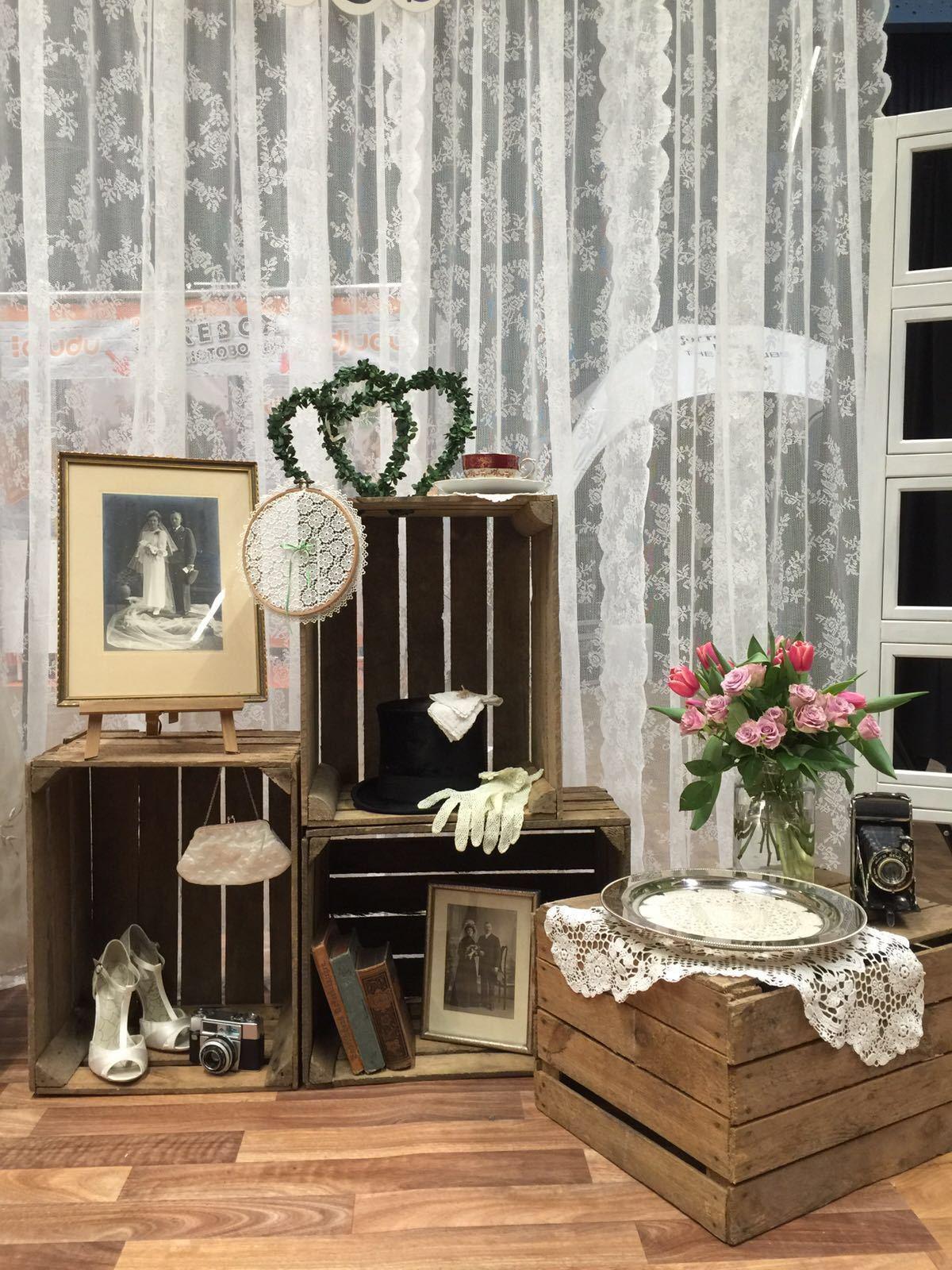 alte obstkisten holzkiste apfelkiste weinkiste deko regal couchtisch shabby chic eur 9 79. Black Bedroom Furniture Sets. Home Design Ideas